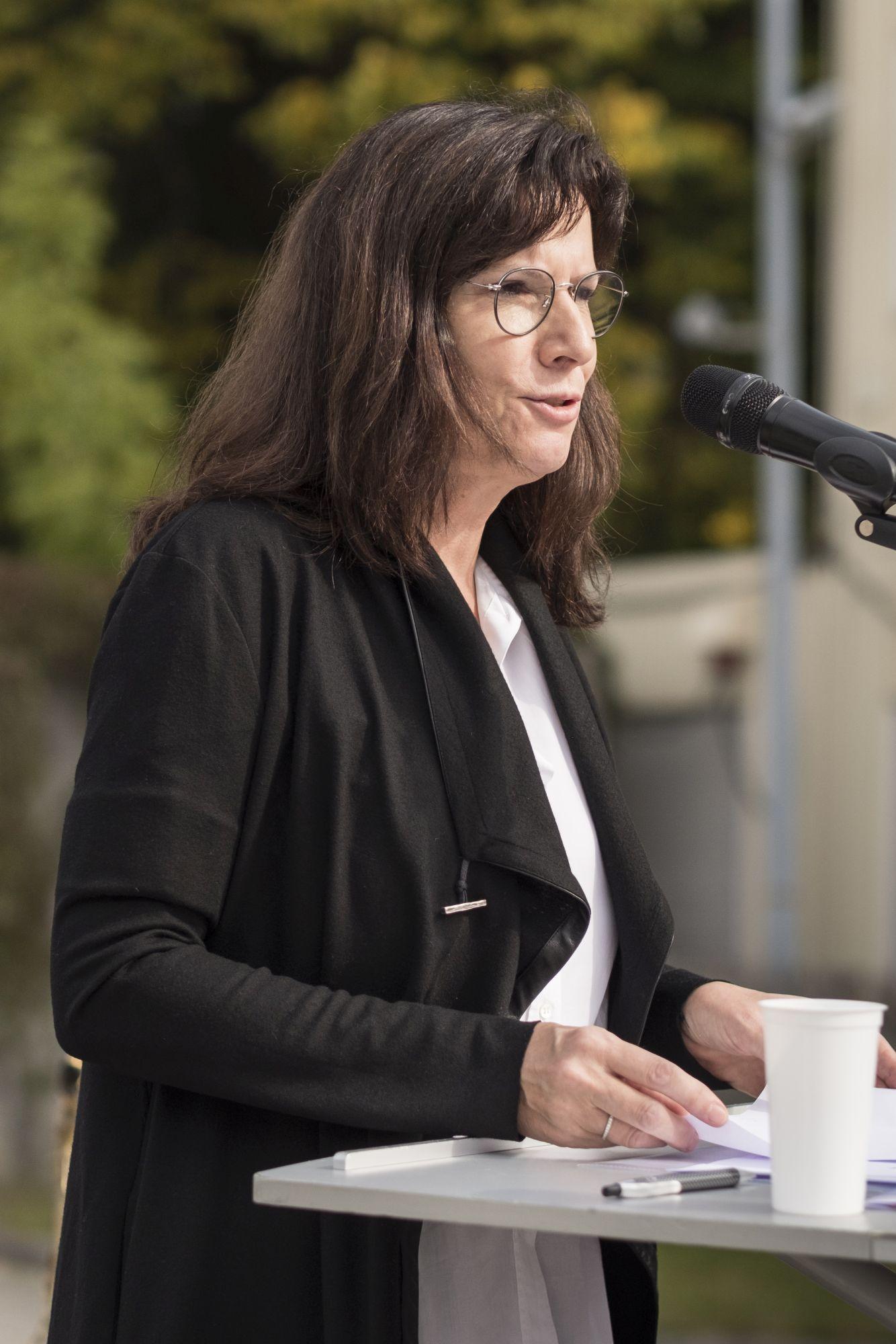Myriam Brock, Lichterkette e.V.